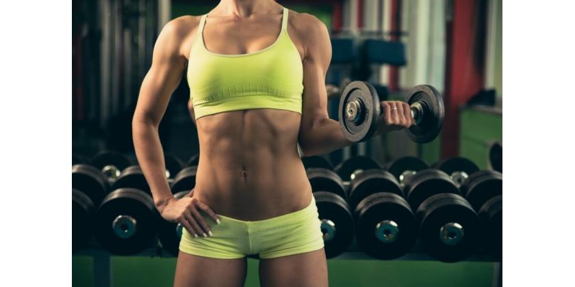 Zażywanie dextrozy podczas treningu siłowego