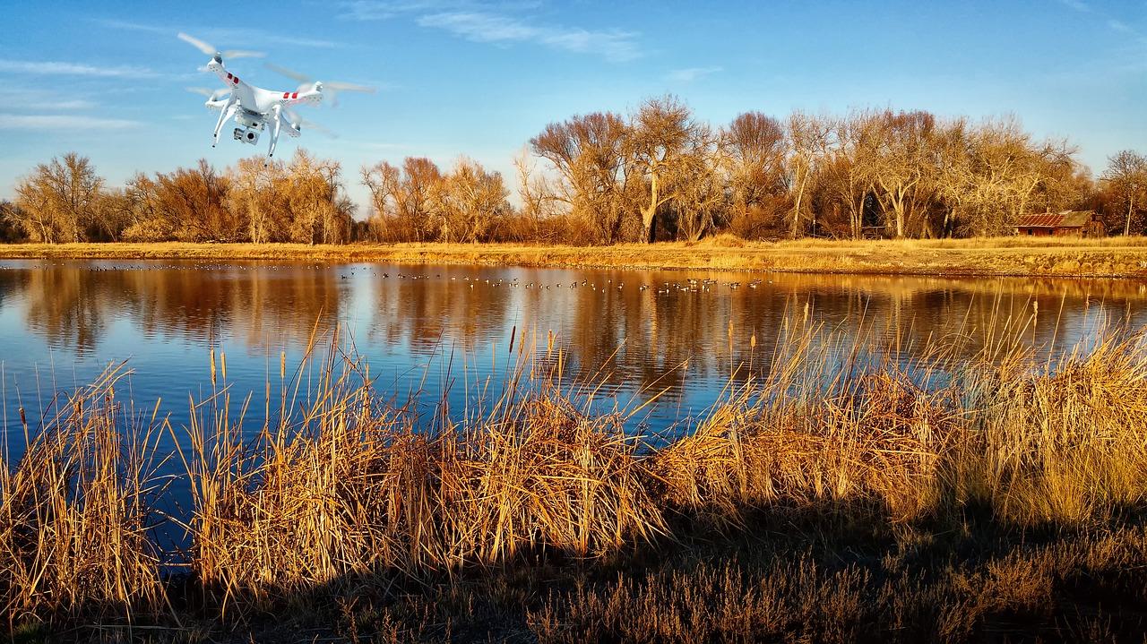 TOP10 najlepsze drony - niesamowite maszyny latające