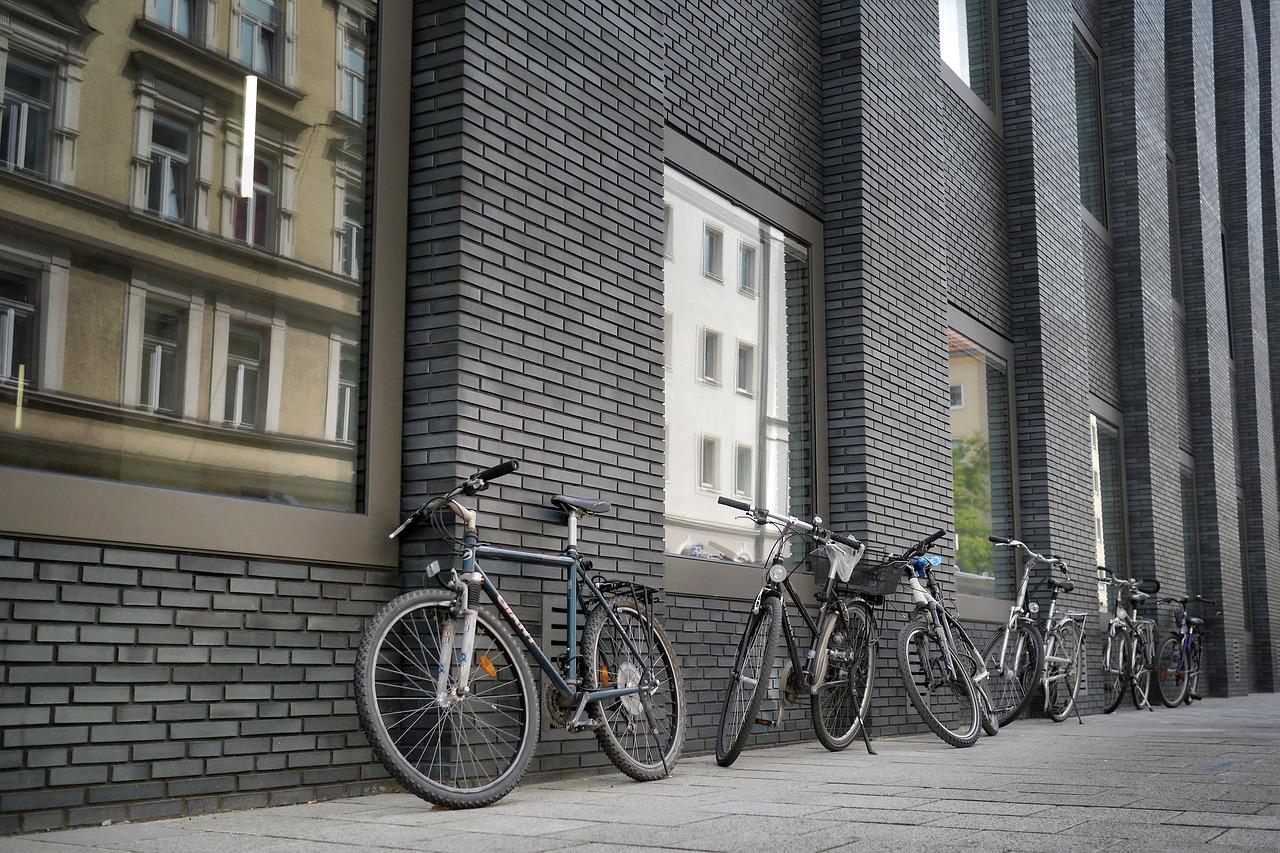 Atrakcyjne promocje na stojaki na rowery