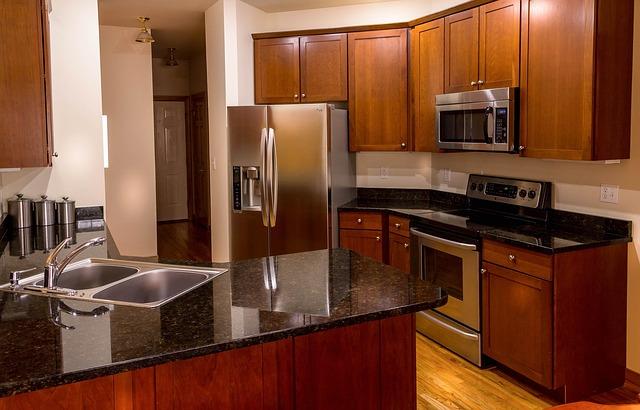 kuchenki mikrofalowe do zabudowy niezbędne w każdej kuchni