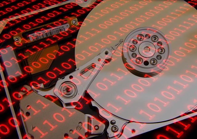Podczas awarii komputera przyda się kopia zapasowa danych na dysku Seagate Backup PLUS STDR4000200