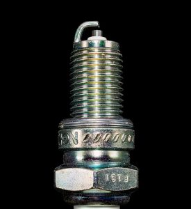 Świeca zapłonowa - element z elektrodą