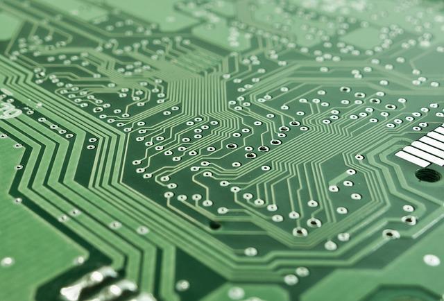 Procesory komputerowe znacząco wpływają na wydajność całego sprzętu.
