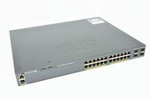 Cisco WS-C2960X-24PS-L - widok ogólny.