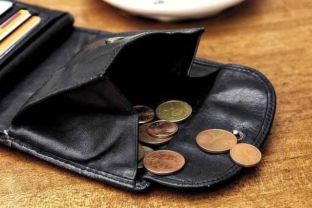 Kredyty gotówkowe 60 rat to sposób na pusty portfel