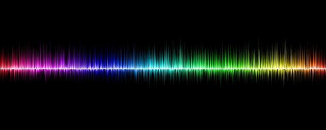 Dobrej jakości głośniki komputerowe przydadzą się miłośnikom słuchania muzyki z komputera.