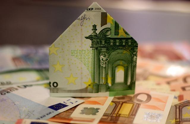 Zobacz zalety kredytu gotówkowego RRSO 13,75%