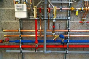 Dobrze dobrane akcesoria do hydrauliki pozwalają stworzyć trwałą instalację.
