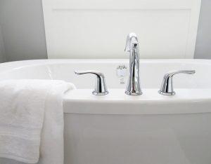 Armaturę łazienkową należy dopasować do wnętrza.