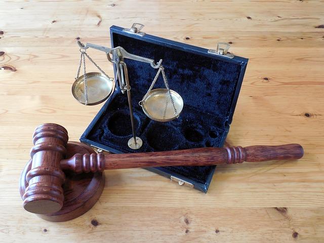 Obsługa prawna restrukturyzacji to skomplikowany proces