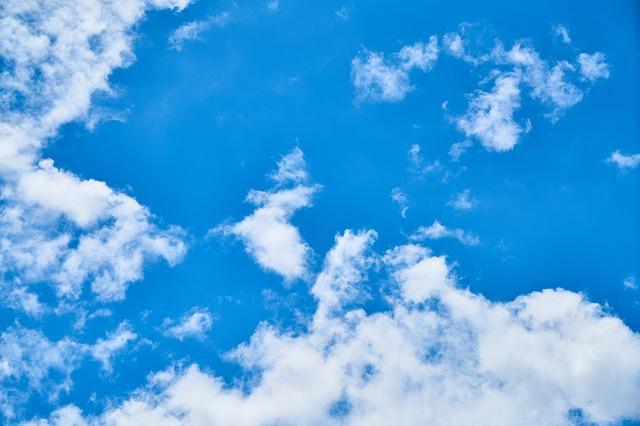 Program czyste powietrze to szansa na poprawę jakości powietrza w kraju.