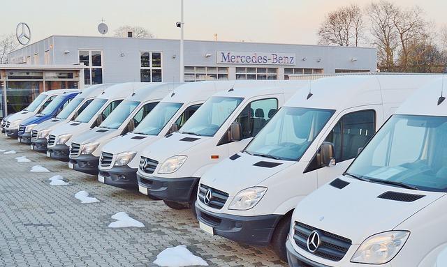 Serwis dostawczych Mercedesów obejmuje wymianą zużytych części, naprawy i prace konserwacyjne.