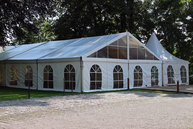 Namioty wystawowe to ważny element promocji firmy