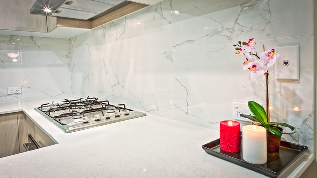 Oświetlenie pod szafki kuchenne to idealne rozwiązanie do Twojej kuchni