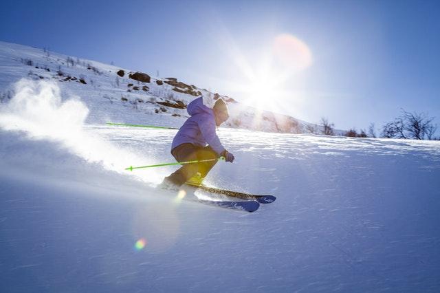 Gogle narciarskie otg zapewnią Ci doskonałą widoczność w trakcie jazdy