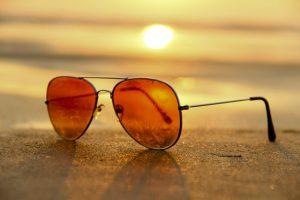 Jak wybrać okulary przeciwsłoneczne - zwróć uwagę na rodzaj okularów