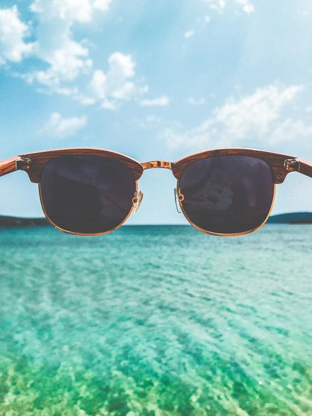 Jak wybrać okulary przeciwsłoneczne - skorzystaj z naszych porad!