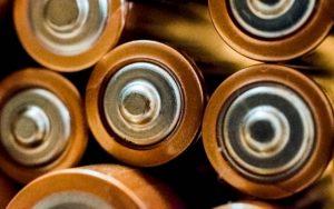 Baterie Eneloop na Ceneo.pl - lepiej wybrać baterie tradycyjne czy alkaiczne?