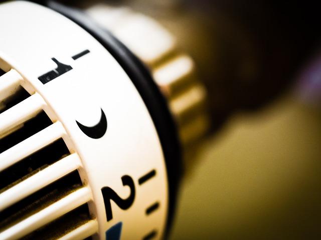 Głowice elektroniczne do grzejników - termostaty