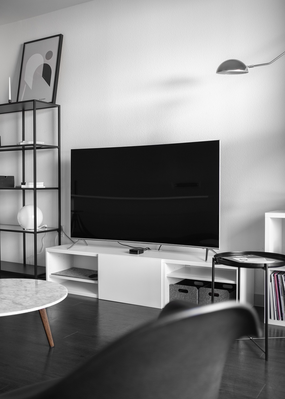 Telewizory 27 cali znajdziesz w przystępnych cenach na stronie Ceneo.pl