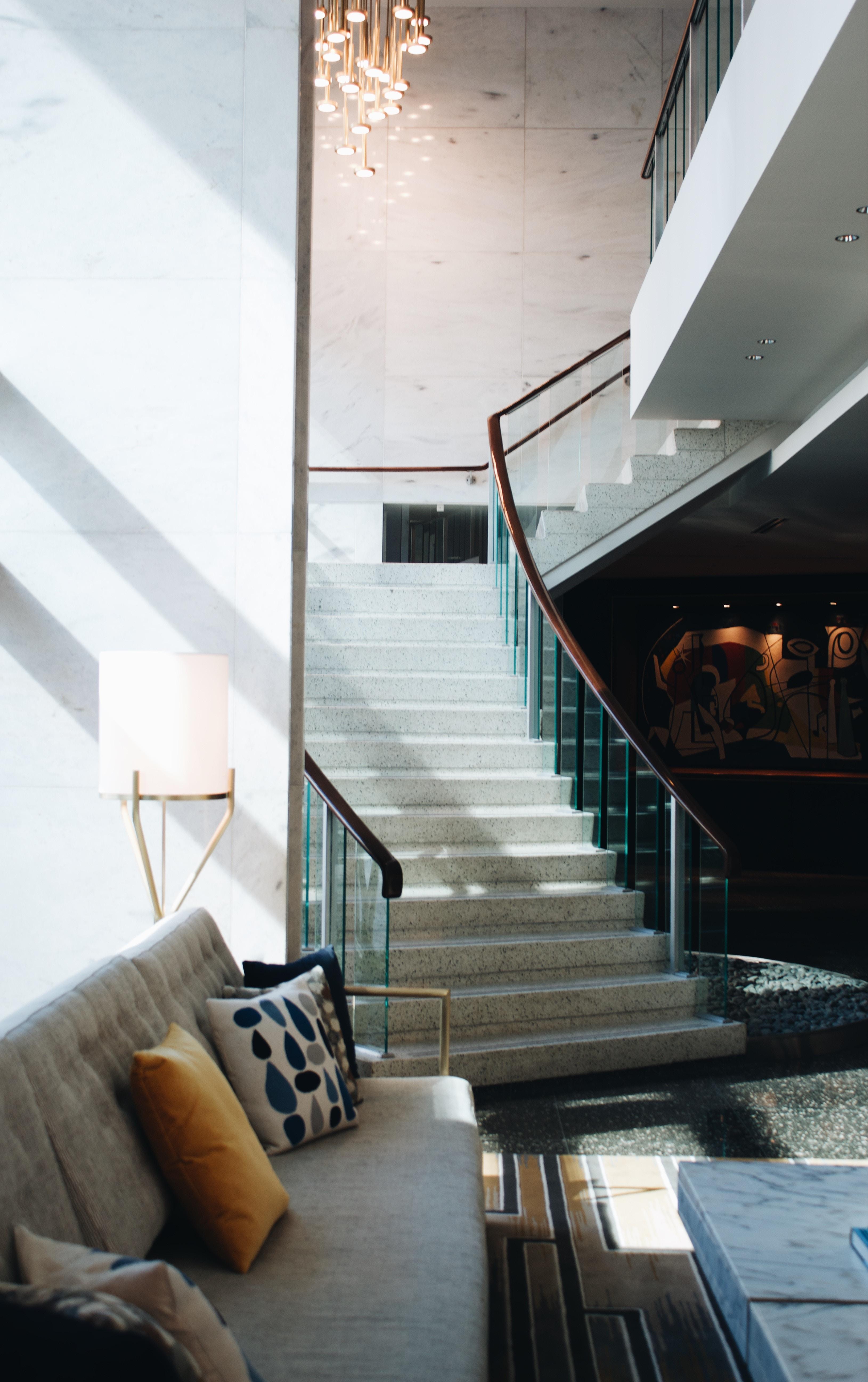 Oprawy oświetleniowe Polux na Ceneo sprawią, że Twoje wnętrze nabierze nowoczesnego i stylowego charakteru
