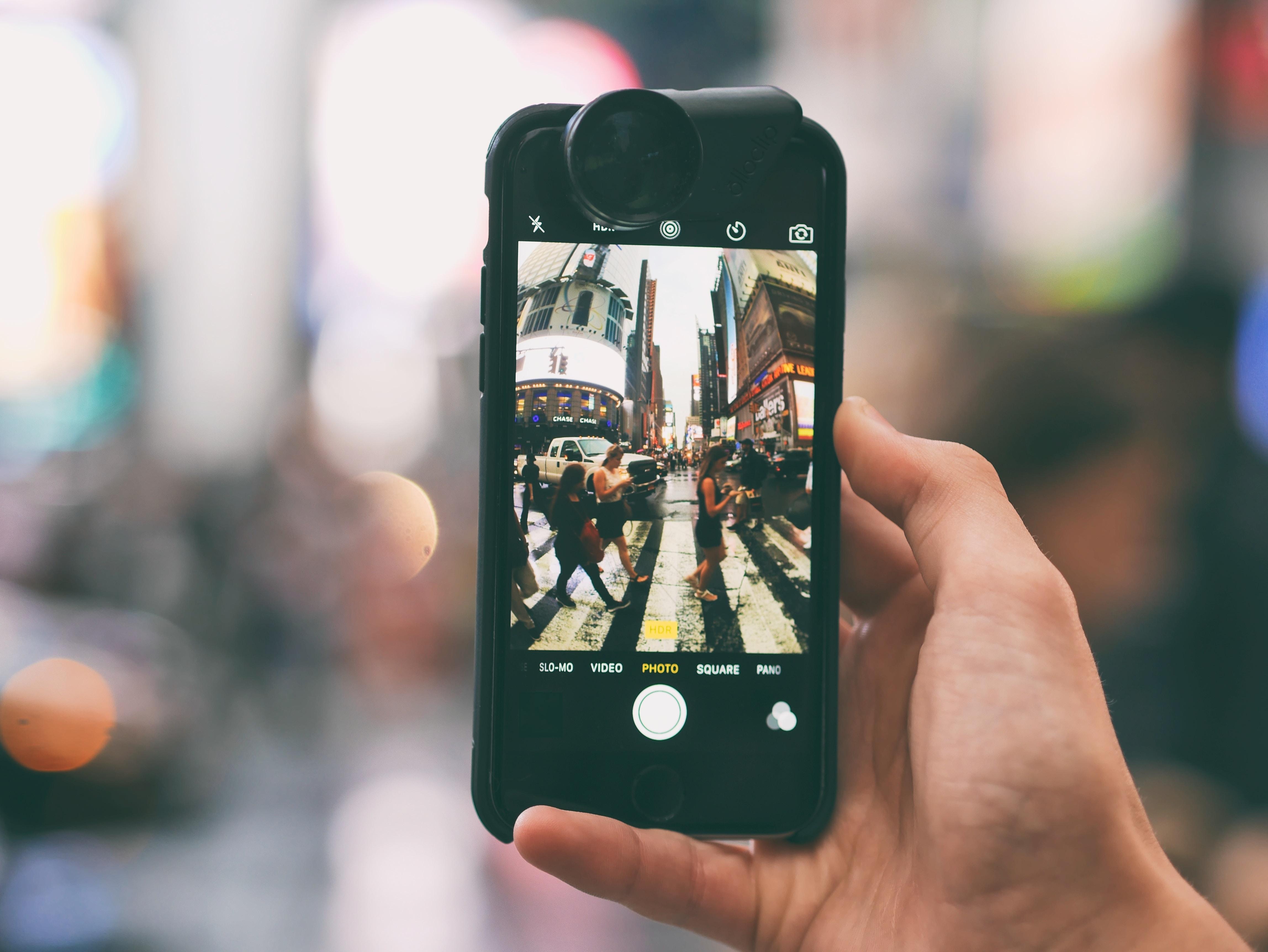 Akcesoria do iphone XR znajdziesz w doskonałej cenie w sklepie Oakywood